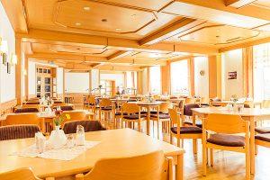 Frühstück in barrierefreien Gruppenunterkünften im Haus Seeadler in Sellin auf Rügen